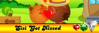 Sisi Got Kissed