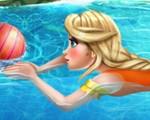 Elsa at the Swimming Pool