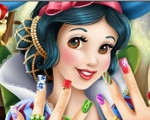 Snow White's Manicure